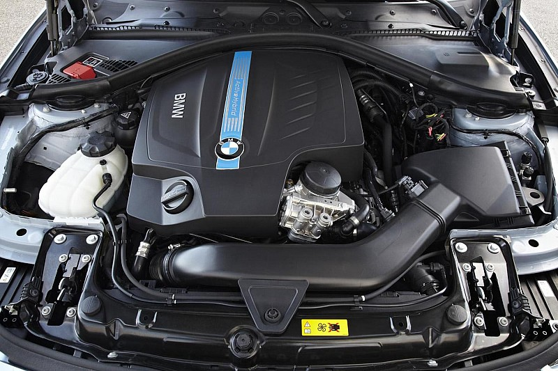 BMW ActiveHybrid 3 goes 0-100 km/h in 5.3 seconds [videos]