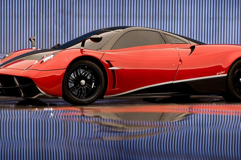 2013 Pagani Huayra starring in Transformers 4