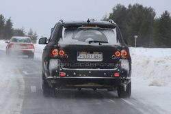 2012 Mercedes ML-Class First LED Daylight Running Lights Spy Photos - 25.01.2010