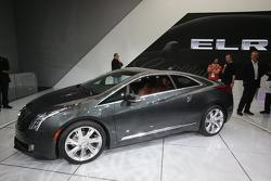 2014 Cadillac ELR live in Detroit 15.01.2013